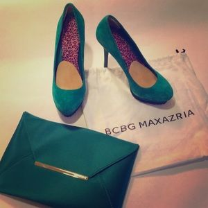 BCBC MaxAzria Shoes and matching envelope clutch.